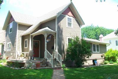 Dell Rapids Single Family Home For Sale: 502 E 9th St