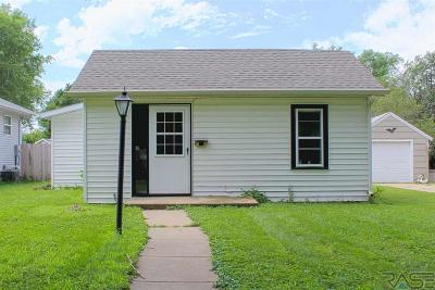 Sioux Falls Single Family Home For Sale: 1025 N Van Eps Ave