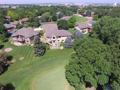 Brandon Single Family Home For Sale: 404 N Riverwood Cir