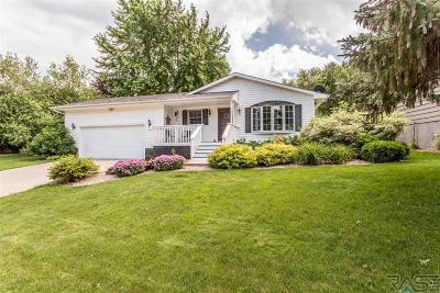 Sioux Falls Single Family Home For Sale: 1405 E Crestview Dr
