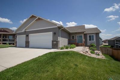 Sioux Falls Single Family Home For Sale: 8301 E Hartleaf Cir