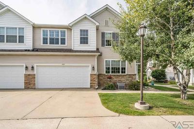 Sioux Falls Condo/Townhouse For Sale: 3307 W Ralph Rogers Rd