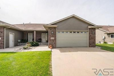 Sioux Falls Single Family Home Active - Contingent Misc: 2817 E Whisper Trl
