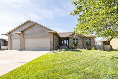 Sioux Falls Single Family Home For Sale: 7004 S High Cross Trl