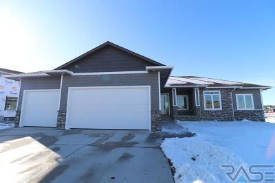 Harrisburg Single Family Home For Sale: 127 Bedrock Cir