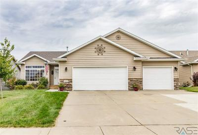 Sioux Falls Single Family Home Active - Contingent Misc: 5712 W Oakcrest Dr