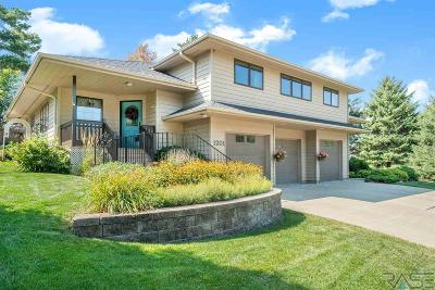 Sioux Falls Single Family Home For Sale: 1201 E Plum Creek Rd