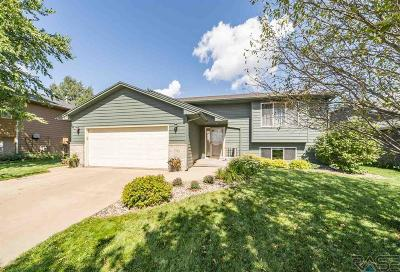 Sioux Falls Single Family Home For Sale: 7100 W 53rd St