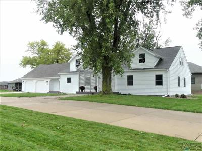 Sioux Falls Single Family Home For Sale: 1805 W Gray Gables Cir