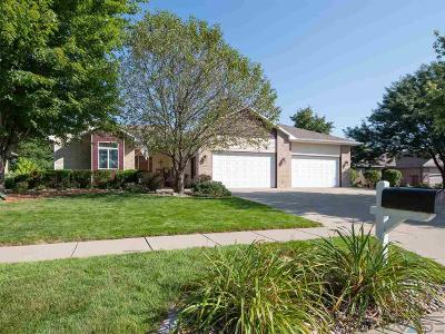 Sioux Falls Single Family Home For Sale: 6804 W Honeysuckle Ct