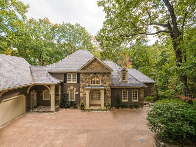 Lookout Mountain Single Family Home For Sale: 1 Woodhill Dr