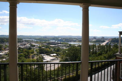River Point Condo For Sale: 554 Whitehall Rd #120