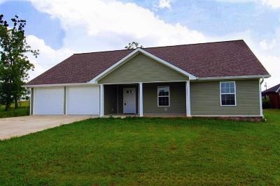 Trenton Single Family Home For Sale: 69 Walnut Ave