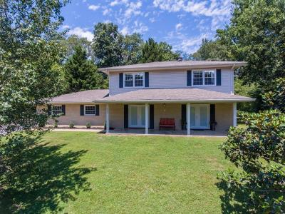 Soddy Daisy Single Family Home For Sale: 2323 Lyons Ln