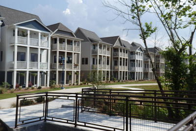 Chattanooga Condo Contingent: 684 Mariner Way #69