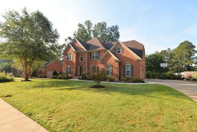 Chattanooga Single Family Home For Sale: 8020 Rosemere Way