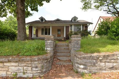Chattanooga Multi Family Home Contingent: 207 Forest Ave