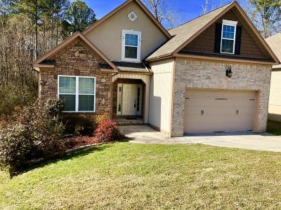 Chattanooga Single Family Home For Sale: 2333 Lake Mist Dr