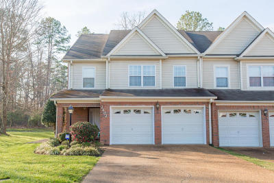Chattanooga Single Family Home For Sale: 2402 Queens Lace Tr