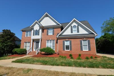 Chattanooga Single Family Home For Sale: 889 Norfolk Green Cir