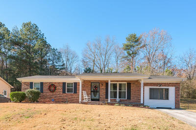 Chattanooga Single Family Home For Sale: 3428 Persimmon Ln