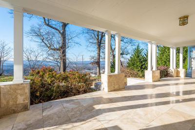 Chattanooga Single Family Home For Sale: 68 N Crest Rd