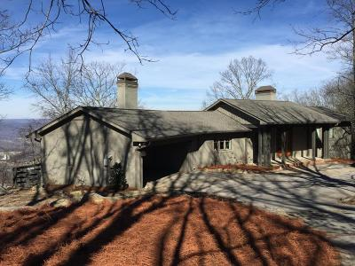 Lookout Mountain Single Family Home For Sale: 208 Frontier Bluff Rd