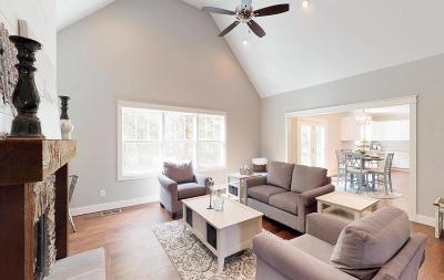 Kensington Park Single Family Home For Sale: 2643 Kensington Park Tr