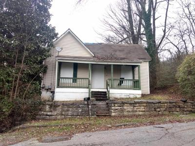 Chattanooga Single Family Home For Sale: 2402 Awtry St