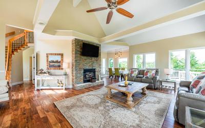Dayton Single Family Home For Sale: 315 Gholdston Dr