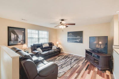 Chattanooga Single Family Home For Sale: 615 Snow St