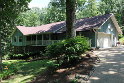 Chattanooga Single Family Home For Sale: 304 Windy Hollow Dr