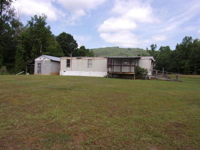 Pikeville Single Family Home For Sale: 127 Snake Angel Rd