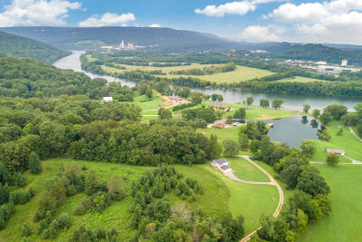 Chattanooga Single Family Home For Sale: 3096 River Canyon Tr