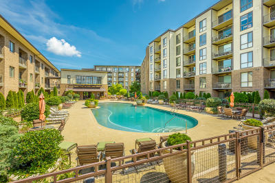 Chattanooga Condo For Sale: 200 Manufacturers Rd #Apt 406