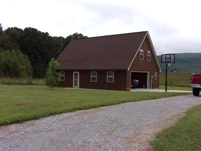 Pikeville Single Family Home For Sale: 739 Allison Rd
