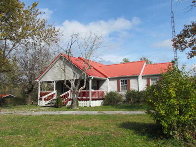 Grundy County Single Family Home For Sale: 10412 State Route 56