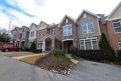 Chattanooga Condo For Sale: 242 Berry Patch Ln