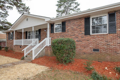 Single Family Home For Sale: 3701 Briarcliff Way