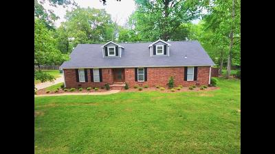 Hixson Single Family Home For Sale: 407 Valleybrook Rd