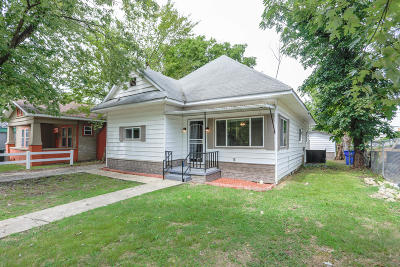 Single Family Home For Sale: 2207 Duncan Ave