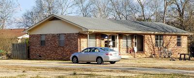 Hixson Multi Family Home Contingent: 7267 Valley Ln