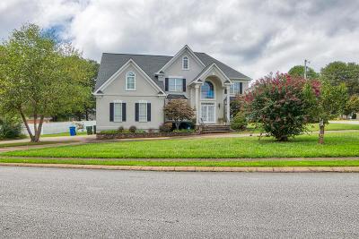 Chattanooga Single Family Home For Sale: 2421 Laurelton Creek Ln