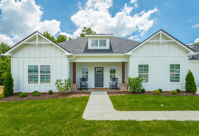 Chattanooga Single Family Home For Sale: 3413 Wellstone Dr