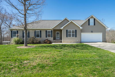 Single Family Home For Sale: 6495 Grazing Ln