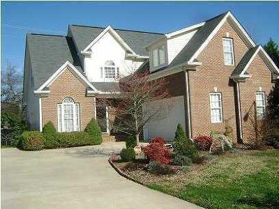 Chattanooga Single Family Home For Sale: 6809 Chiswick Dr