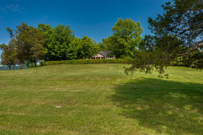 Single Family Home For Sale: 7620 Snow Hill Rd