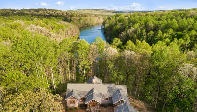 Sequatchie County Single Family Home For Sale: 55 Mountain Farms Rd