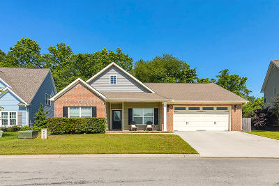 Single Family Home For Sale: 2444 Waterhaven Dr
