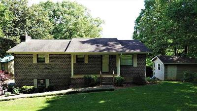 Benton Single Family Home For Sale: 194 Woodbine Dr